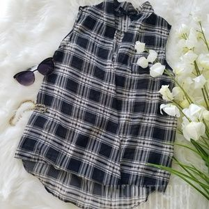 Ali & Kris Plaid Print Blouse